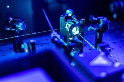 Justage von Lasersystemen
